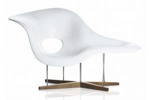 Charles & Ray Eames La Chaise Vitra